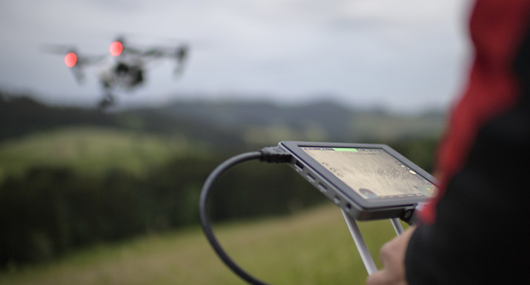 Genève: des drones pour sauver les faons lors de la fauche