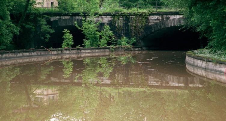 Argovie: un enfant disparaît alors qu'il jouait près d'une rivière