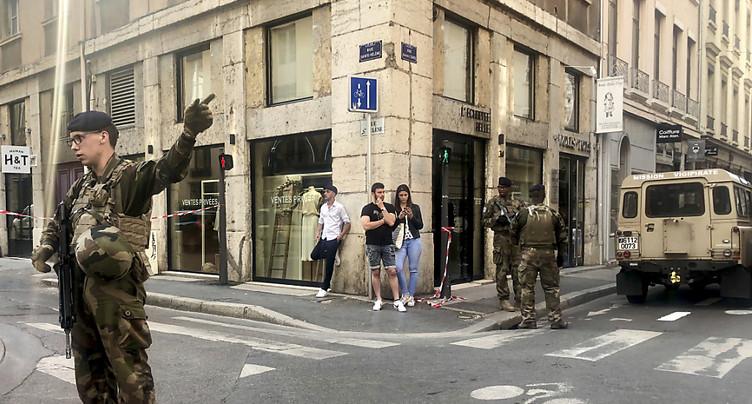 Explosion d'un colis piégé à Lyon, quelques blessés légers