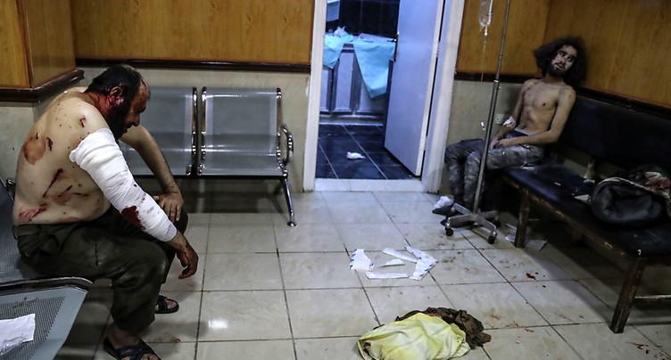 Raids du régime syrien sur la province d'Idleb, 12 civils tués