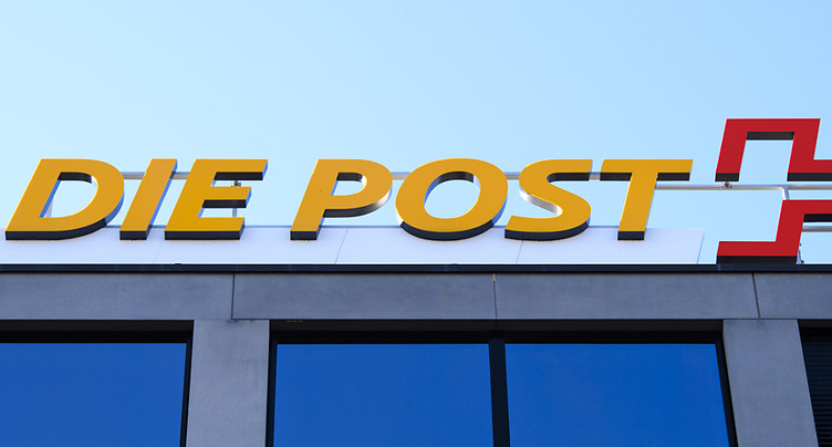 La Poste en négociations exclusives pour céder CarPostal France