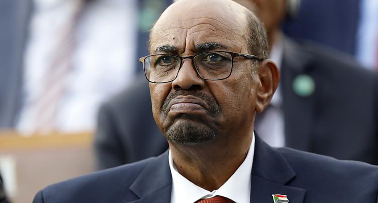 L'ex-président soudanais Béchir inculpé pour corruption