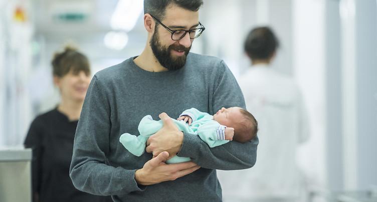 Le Conseil des Etats tranche sur le congé paternité