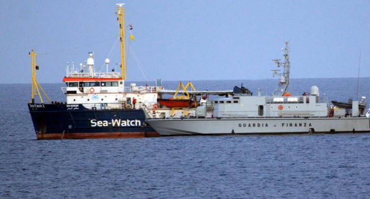 L'Italie bloque encore 42 migrants et pointe du doigt les Pays-Bas