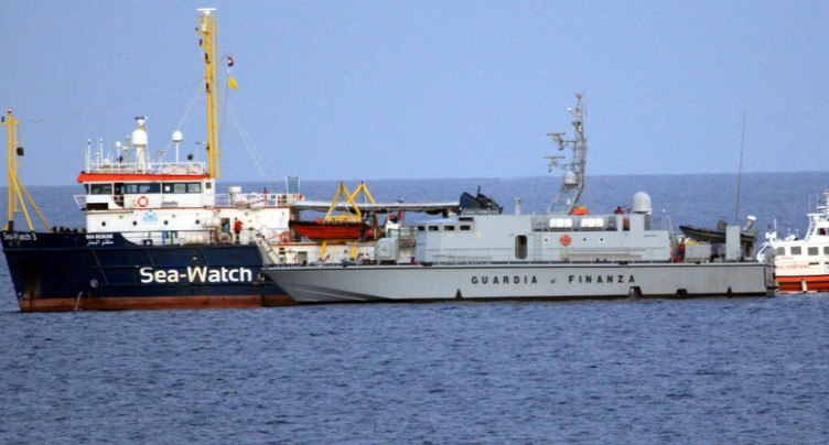 Le Sea-Watch force le blocus des eaux italiennes