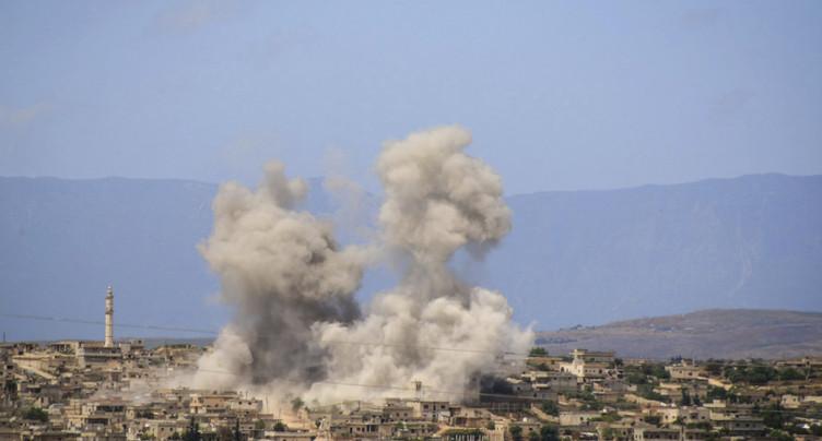 Six civils tués dans des tirs de roquette à Alep