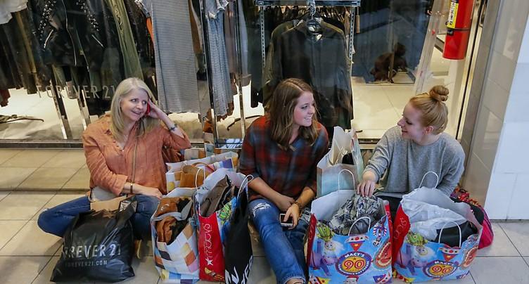 USA: les ventes au détail augmentent plus que prévu (+0,4%) en juin