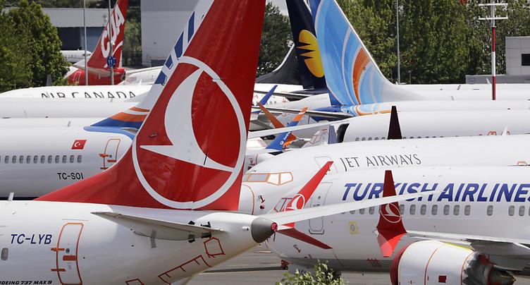 L'immobilisation du 737 MAX pèse sur les comptes de Boeing