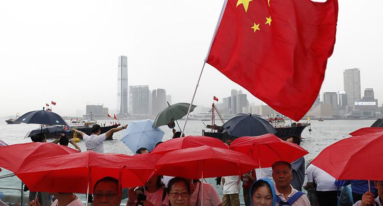 Des dizaines de milliers de manifestants pro-gouvernementaux