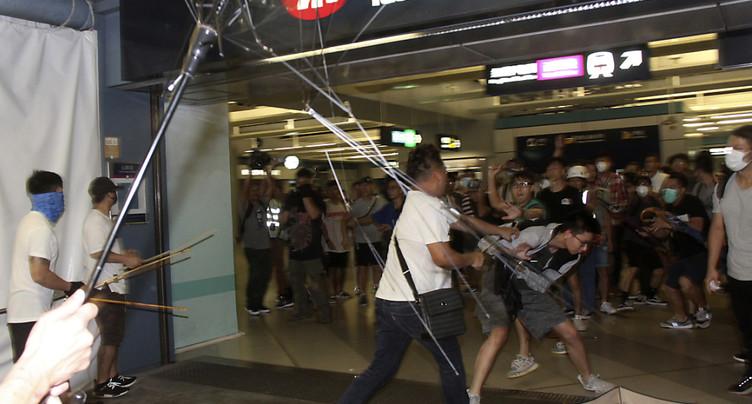 La colère gronde à Hong Kong après les agressions brutales