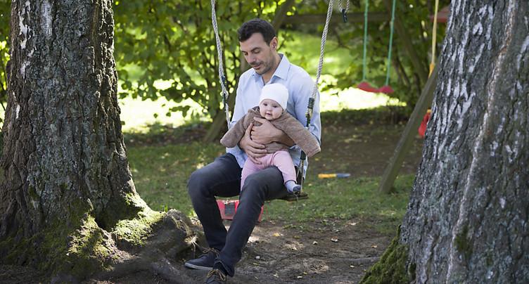 Nouveau soutien au congé paternité de deux semaines