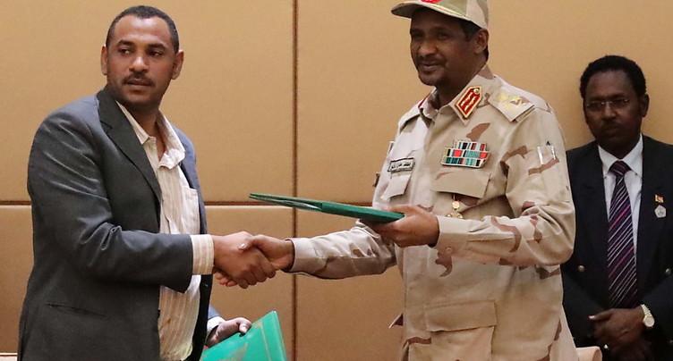 Militaires et contestation signent un accord historique au Soudan