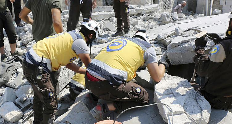 Onze civils dont six enfants tués dans des bombardements russes et syriens