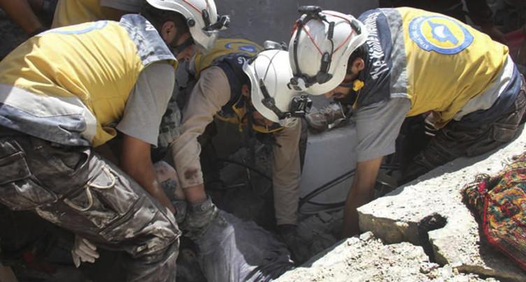 Syrie: les forces prorégime à un km d'une ville clé du nord-ouest