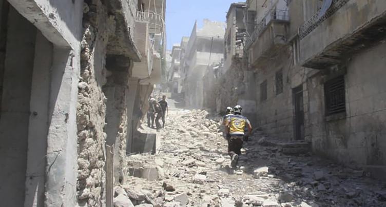 Rebelles et djihadistes se retirent d'un secteur clé du nord-ouest de la Syrie