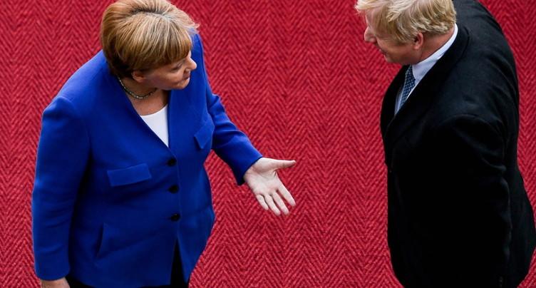 Brexit: Merkel juge possible un accord dans les 30 jours avec Boris Johnson