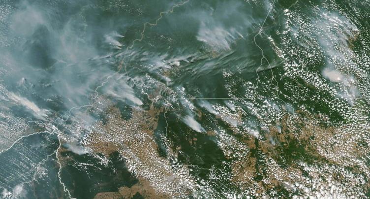Feux en Amazonie : Bolsonaro contre la « psychose environnementale »