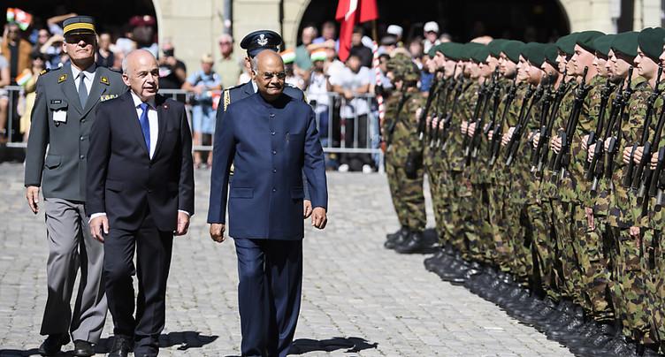 Le président indien reçu avec les honneurs militaires à Berne