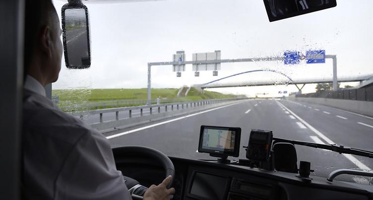 Un chauffeur d'autocar roulait sans permis de conduire