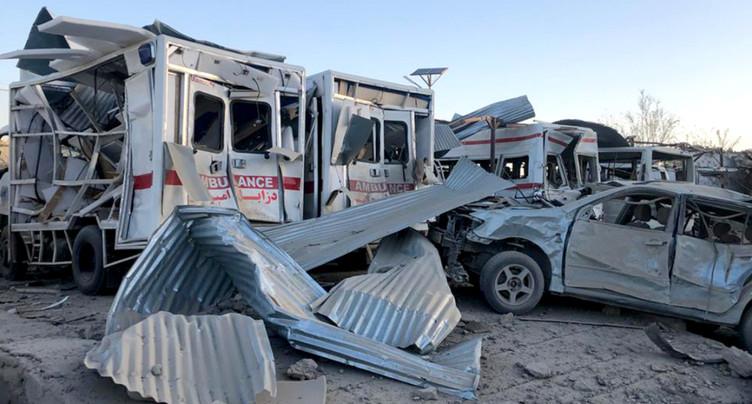 Vingt-neuf morts dans un attentat et une frappe de drones