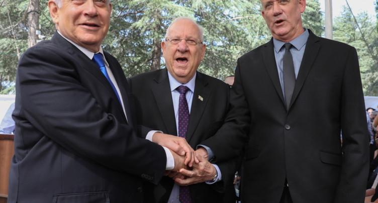 Netanyahu appelle Gantz à la formation d'un gouvernement d'union en Israël