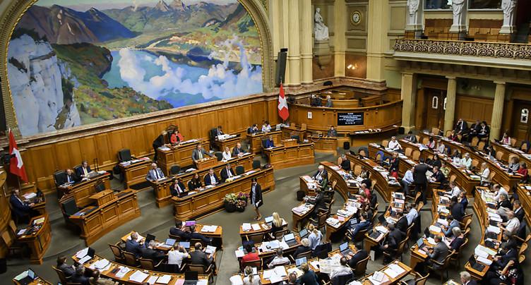Plus de 70 Suisses de l'étranger en lice pour le Conseil national