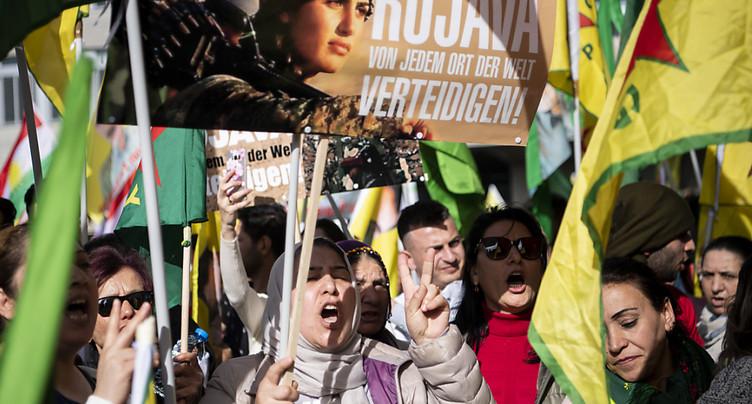 Manifestations à Zurich et Bellinzone contre l'offensive turque
