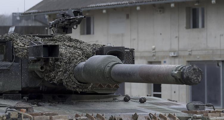 Les volumes d'exportation d'armes en hausse après neuf mois