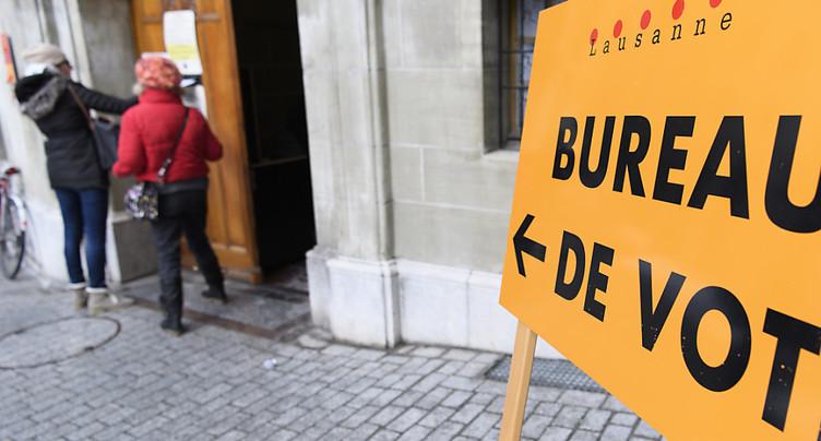 Vote anticipé: participation aux fédérales légèrement en hausse
