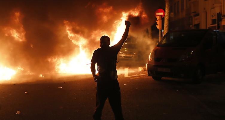 Troisième nuit de violences en Catalogne
