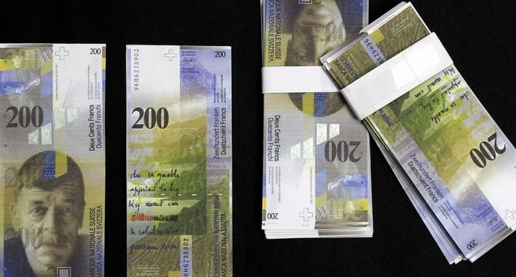 Les billets de banque suisses de moins en moins souvent contrefaits
