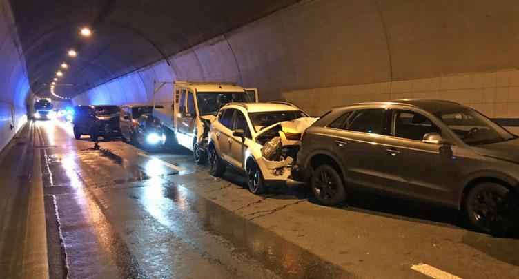 Un carambolage fait neuf blessés dans un tunnel de l'A2