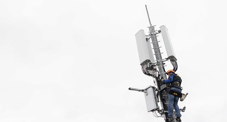 Le Grand Conseil valaisan refuse un moratoire sur la 5G