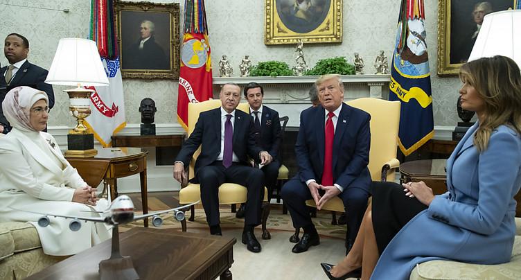 Donald Trump reçoit son « ami » Erdogan à la Maison Blanche