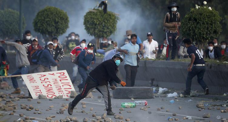Quatre nouveaux morts dans des manifestations