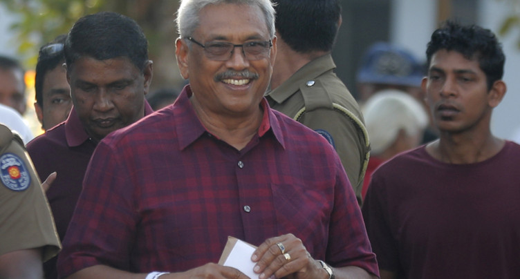 Présidentielle au Sri Lanka: tirs contre des bus d'électeurs
