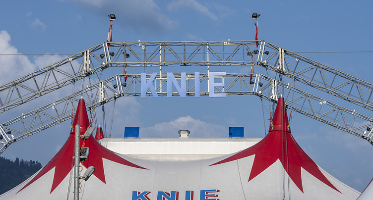 Le mime Peter Shub avec Knie en 2020 en Suisse romande