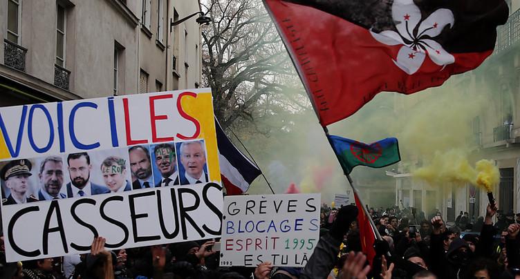 France: nouvelle épreuve de force contre la réforme des retraites