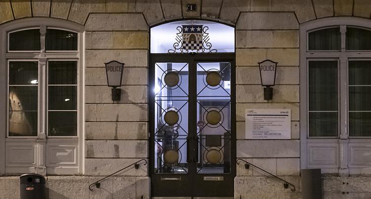 La Chaux-de-Fonds: trentenaire jugé pour avoir tué sa mère