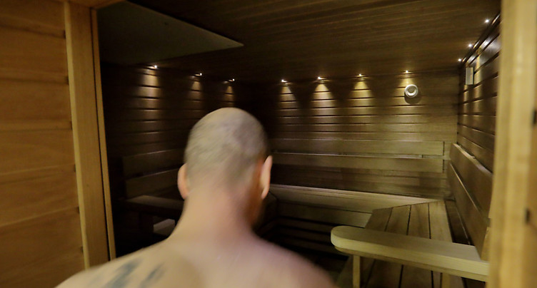 Condamné pour avoir caché les vêtements d'une amie au sauna