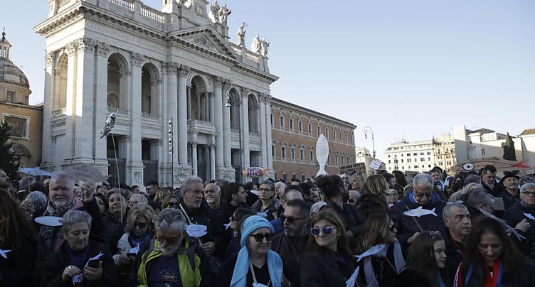 Grande manifestation antifasciste des « sardines » à Rome