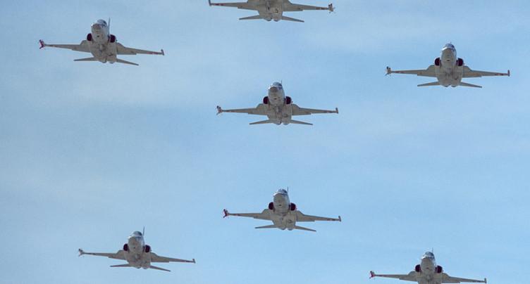 Donald Trump veut racheter d'anciens avions de combats suisses