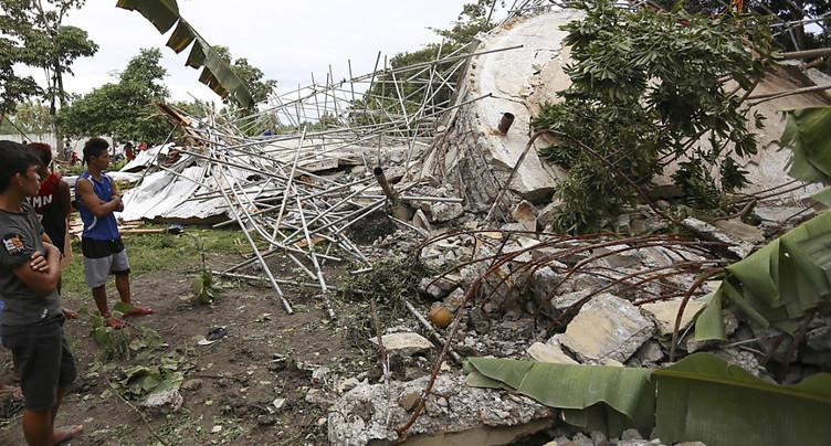 Séisme aux Philippines: trois morts, les recherches se poursuivent