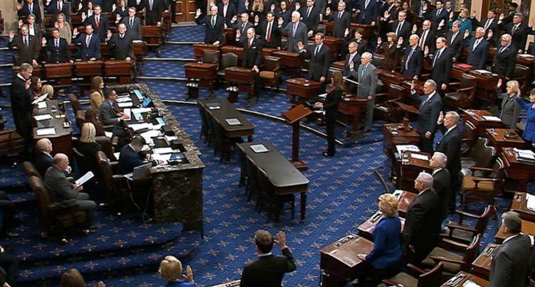 L'acte d'accusation de Donald Trump lu au Sénat
