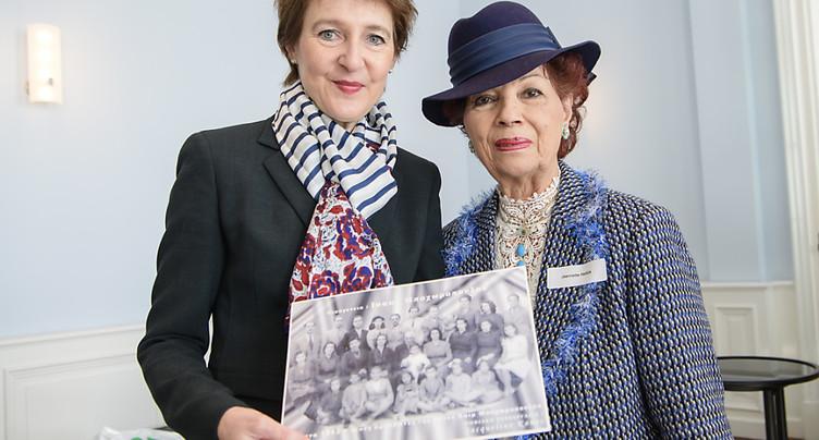 Simonetta Sommaruga reçoit des survivants des camps d'extermination