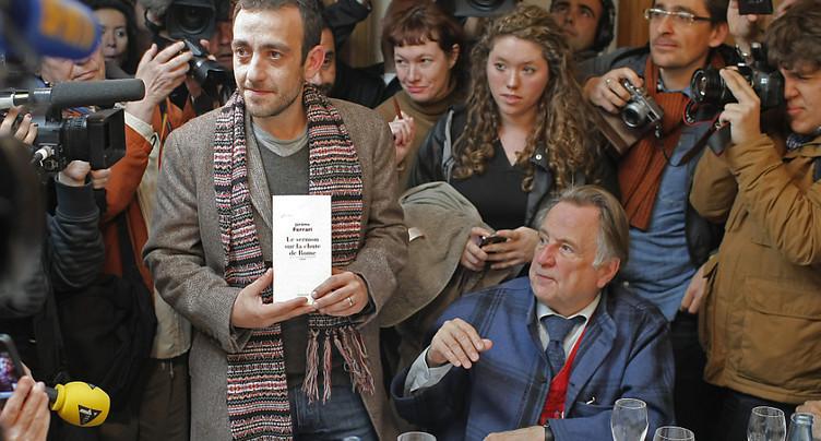 Académie Goncourt: Didier Decoin succède à Bernard Pivot