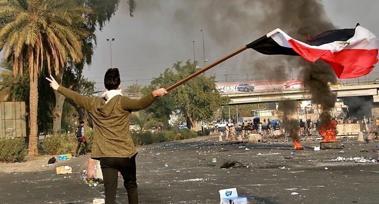 Trois manifestants tués dans de nouveaux heurts à Bagdad