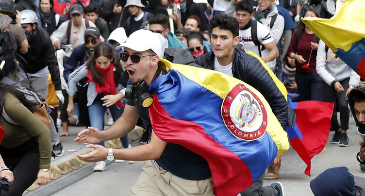 Reprise des manifestations, affrontements avec la police