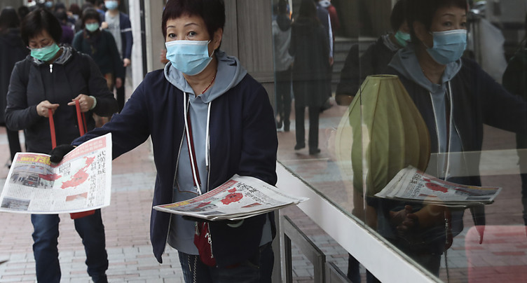 Virus: la Chine relève le bilan à 25 morts et 830 cas