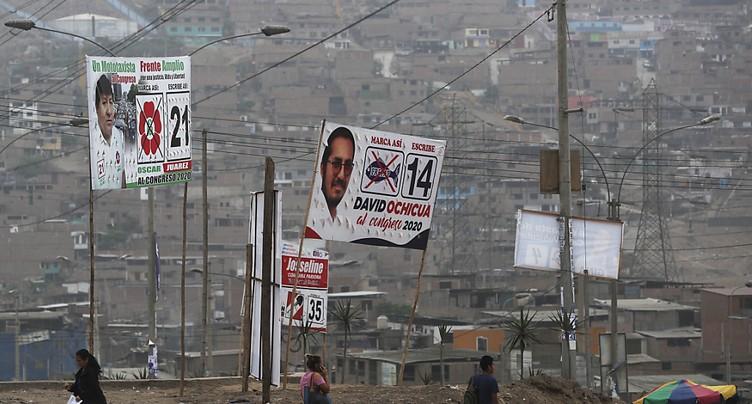 Le Pérou vote aux législatives pour sortir de la crise politique